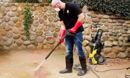 Personal protective equipment for pressure cleaning