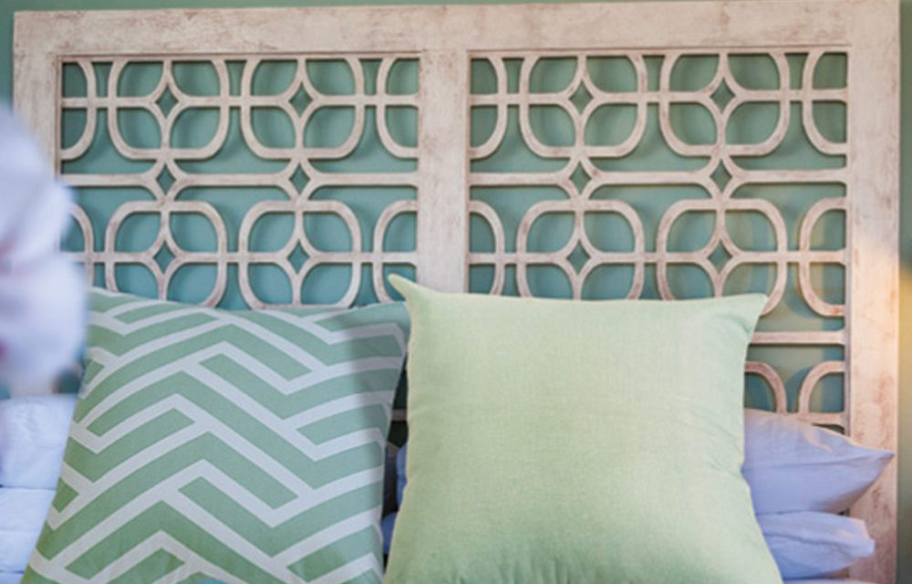 How to make a distressed-look headboard