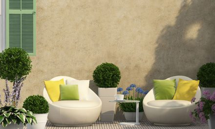 How to choose the right outdoor paint