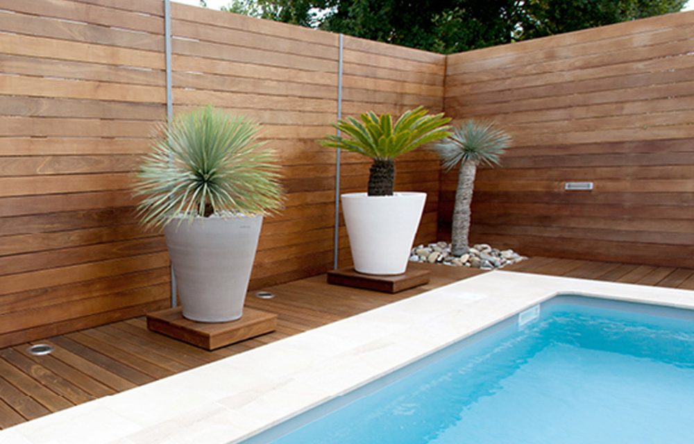 How to create a poolside garden