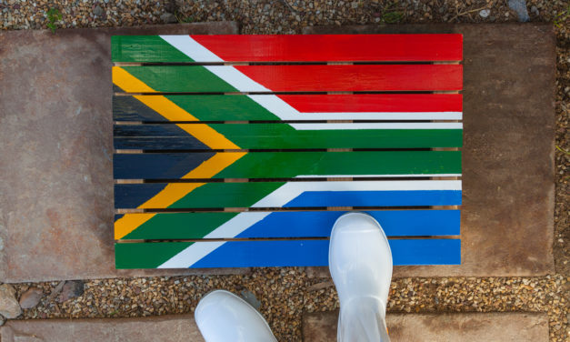 How to make a duckboard with the South African flag on it