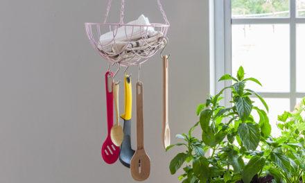 How to create a basket utensil hanger