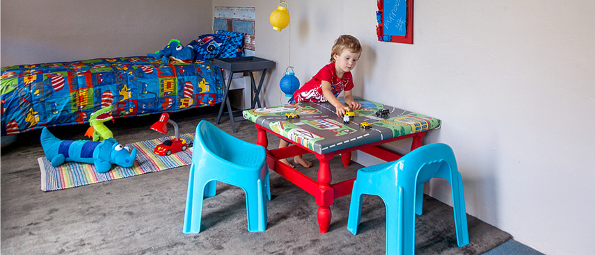 How to transform an old coffee table into a fun play table for kids