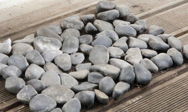 How to make a doormat out of stones