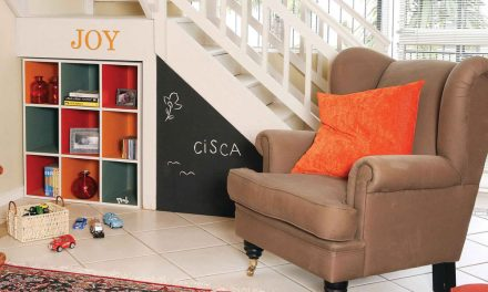 How to create a storage unit under the stairs