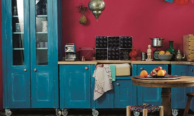 How to paint with vibrant colours