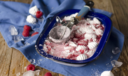How to make an easy no-churn smashed raspberry and meringue frozen yoghurt