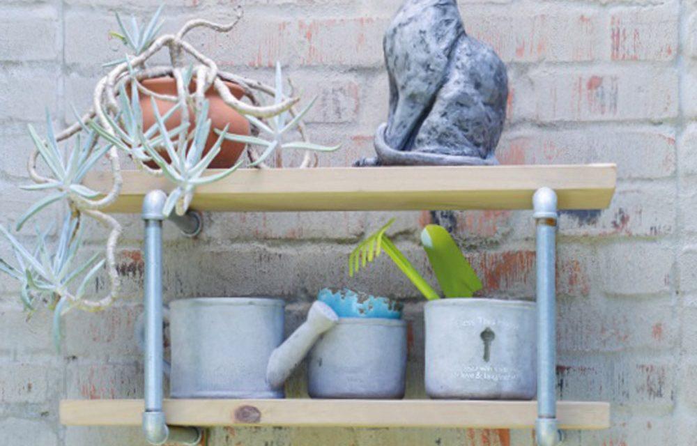 How to make an outdoor shelf
