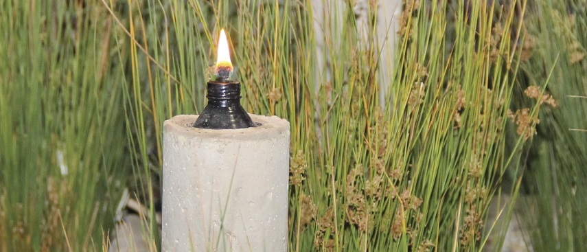 How to build a citronella torch