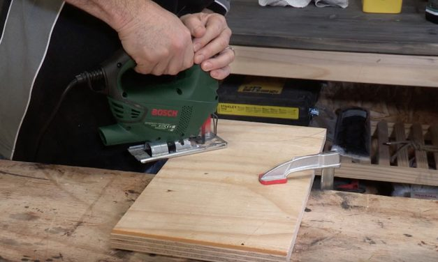 How to use the Bosch Jigsaw 500W PST650