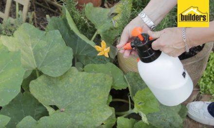 How to use pressure spray bottles for gardening