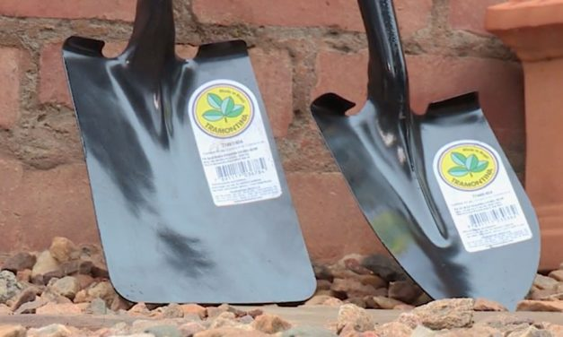 Product Review: Tramontina shovels