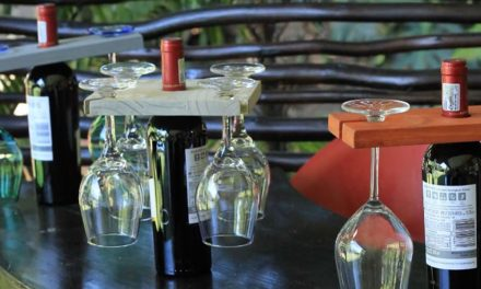 How to make a wine caddy