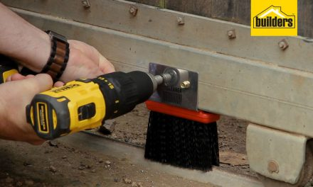 How to install gate brushes