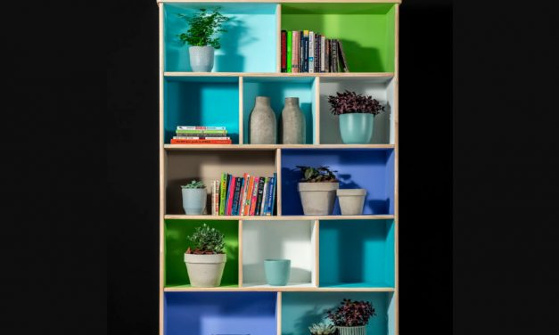 How to add pops of colour by painting a room divider
