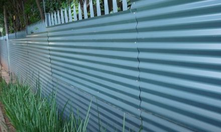How to put up corrugated sheeting
