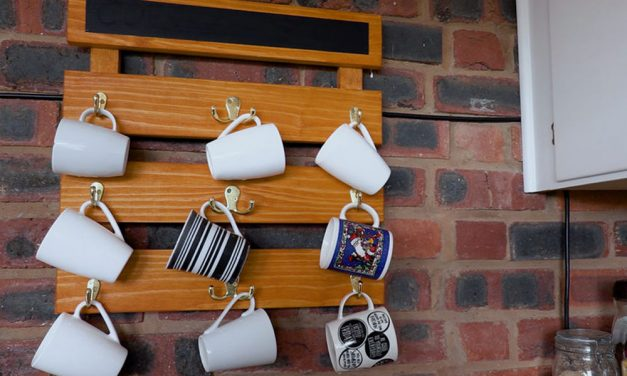 How to make a hanging cup rack