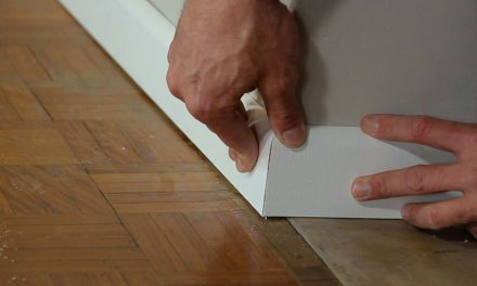 How to install a skirting board