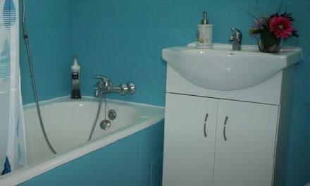 Bathroom Renovation – How To Refurb A bathroom Using Paint