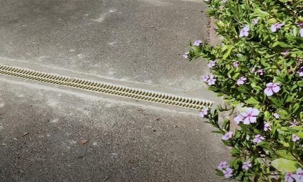 How to install an Easy Drain, clip together drainage