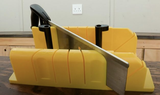 Stanley Mitre Box and Saw, Mitre Cuts Made Easy
